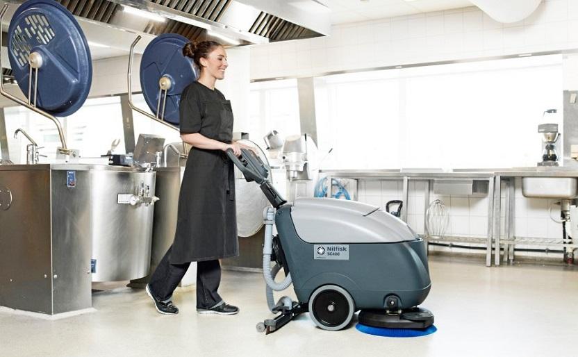 maszyny bateryjne do czyszczenia podłogi