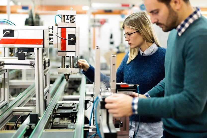 montowanie elektroniki zamel