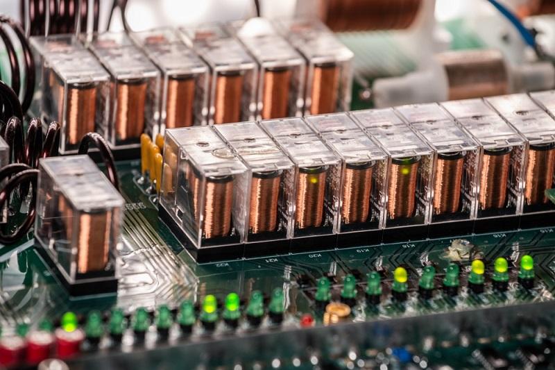 na-co-zwrocic-uwage-przed-zakupem-kondensatora