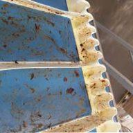 Jak zadbać o czystość linii produkcyjnych w zakładzie spożywczym?