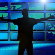 Monitor LCD nośnikiem reklamy zewnętrznej – co warto wiedzieć?