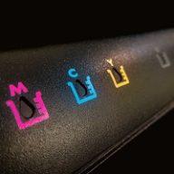 Zamienniki tuszy i tonerów do drukarek – czy warto je stosować